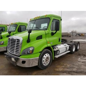 2013 Freightliner Cascadia Day Cab in ID