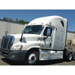 2013 Freightliner Cascadia in DE