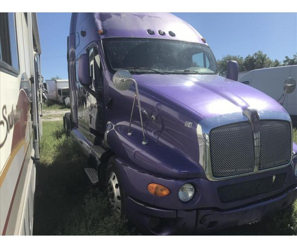 2010 Kenworth T2000 in MO
