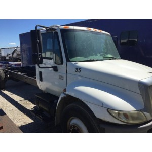 2005 International 4300 Cab&Chassis in TX