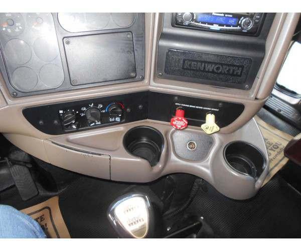 2006 Kenworth T2000 5