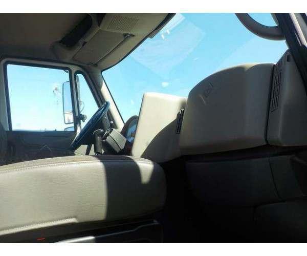 2009 International 8600 Day Cab 15