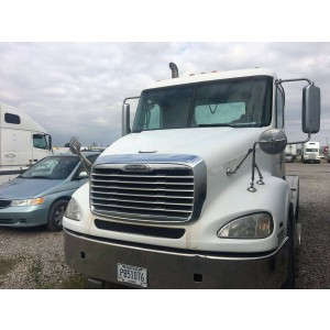 2008 Freightliner Columbia Day Cab in CA