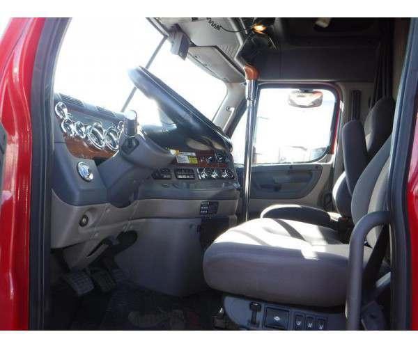 2009 Freightliner Cascadia 5