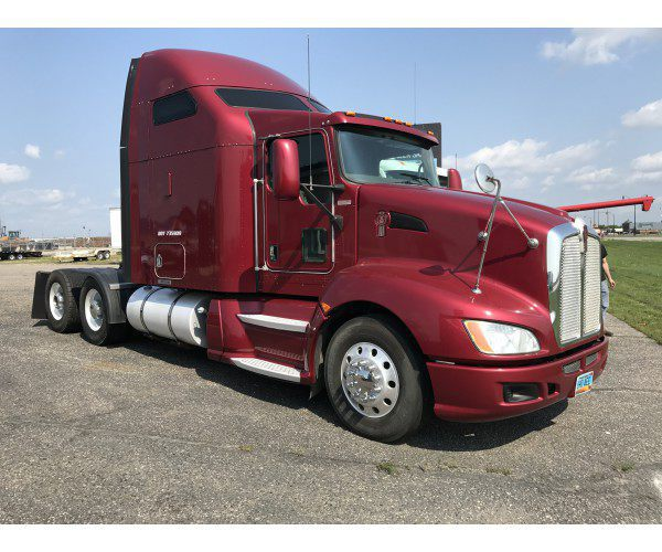 2010 Kenworth T660 in ND