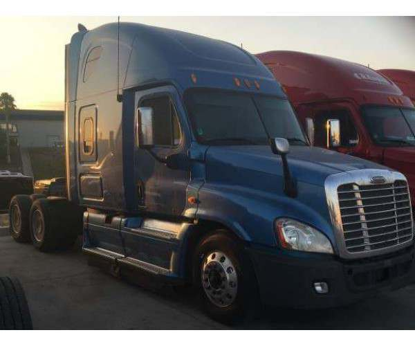 2011 Freightliner Cascadia in CA
