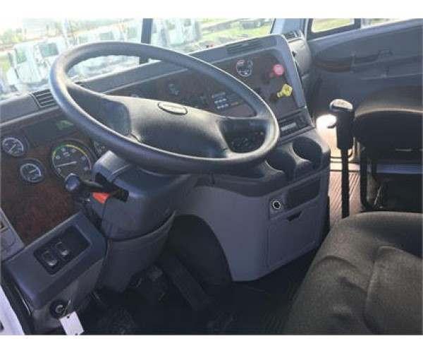 2008 Freightliner Century Day Cab 3