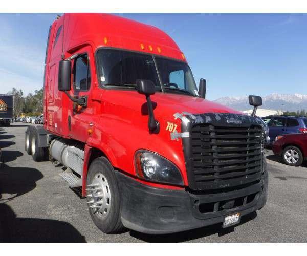 2009 Freightliner Cascadia 6