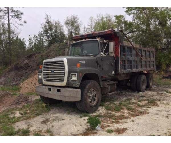 1993 Ford L8000 Dump Truck