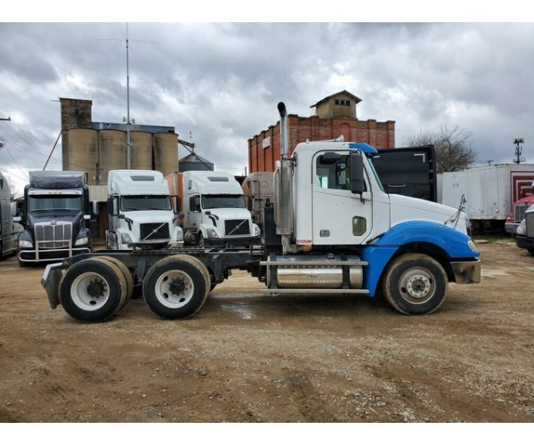 2007 Freightliner Columbia Day Cab in TX