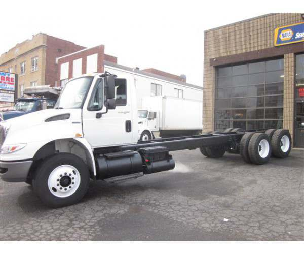 2009 International 4400 Can and Chassis in Connecticut, wholesale, NCL truck sales