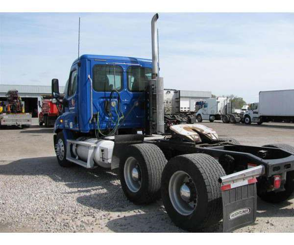 2010 Freightliner Cascadia Day Cab with Detroit DD13 in MO, wholesale