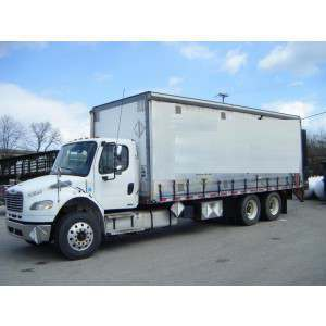 2008 Freightliner M2 Curtain Side Truck