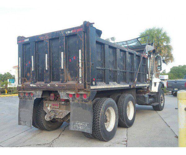 2004 International 7400 Dump Truck 5