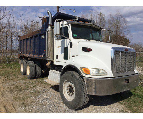 2007 Peterbilt 358 Dump Truck 2