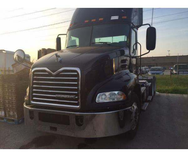 2012 Mack CXN613 Day Cab 1
