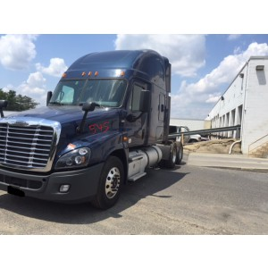2015 Freightliner Cascadia in PA