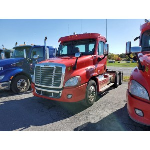 2010/11/13 Freightliner Cascadia Day Cab