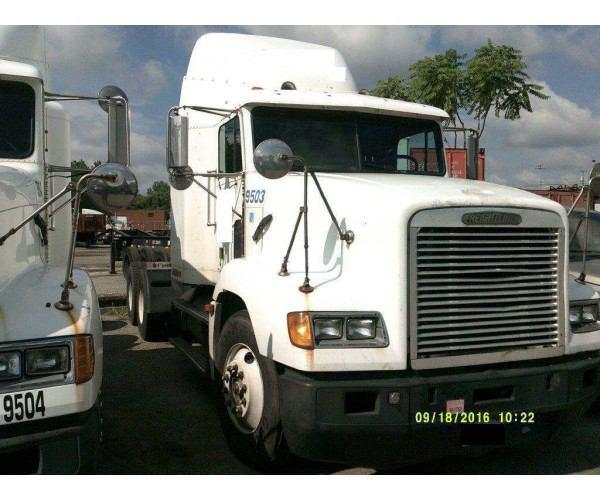 1993 Freightliner FLD Flattop 5