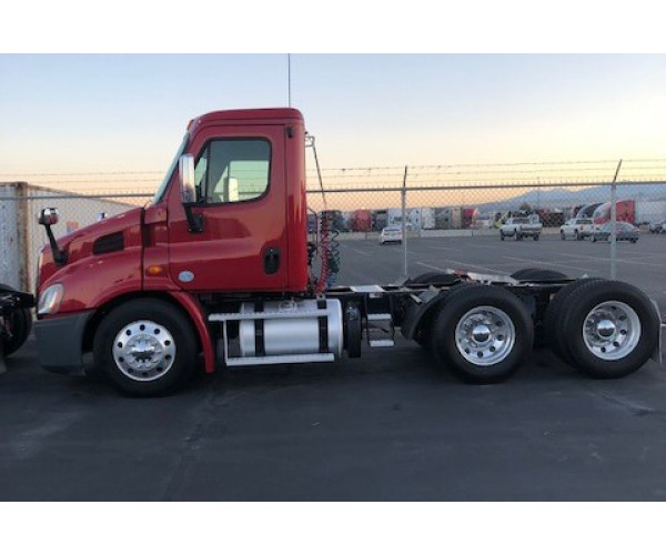 2013 Freightliner Cascadia Day Cab in UT