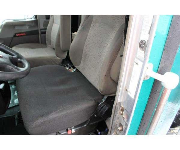 2014 Kenworth T800 Day Cab 4