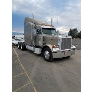 2004 Peterbilt 379 in OR