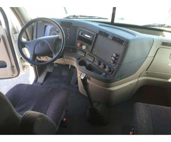 2012 Freightliner Cascadia with DD15 wholesale / NCL TRUCK SALES