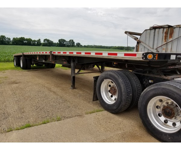 2015 Fontaine Flatbed Trailer in MN