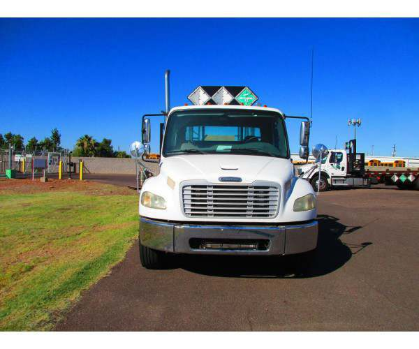 2007 Freightliner M2 Day Cab 4