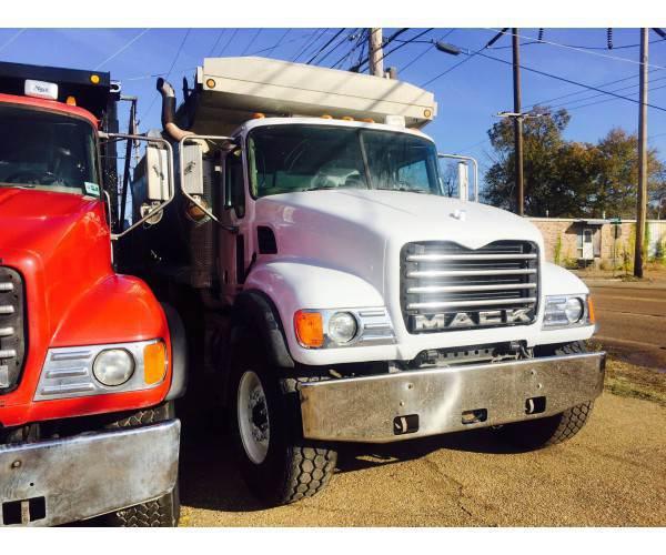 2004 Mack CV713 Dump Truck 4