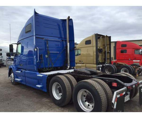 2012 Volvo VNL 670, Volvo D13 @ 500 HP, NCL Truck Sales, buy used truck from Canada