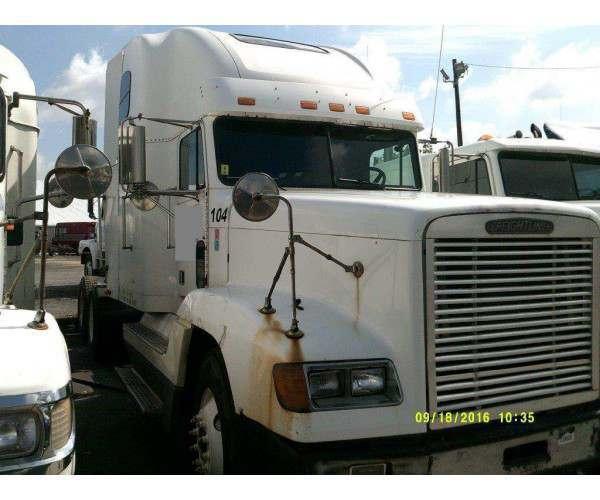 2001 Freightliner FLD 4