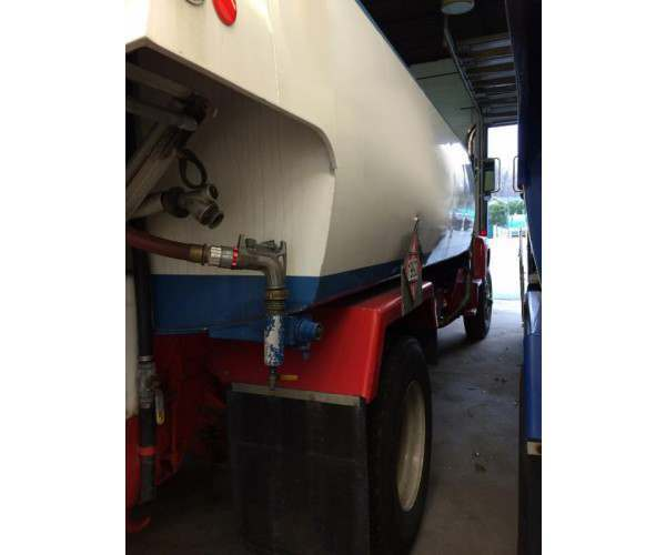 1987 Ford L8000 Heating Oil Tank Truck with CAT engine in New Jersey, wholesale, NCL Truck Sale
