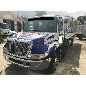 2002 International 4300 Rollback