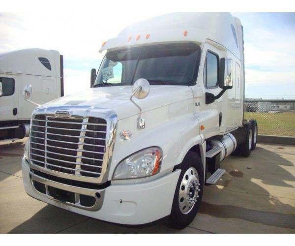 2014 Freightliner Cascadia 9