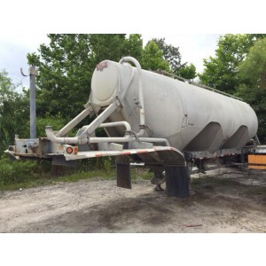 1998 Heil Pneumatic Dry Bulk Trailer in VA
