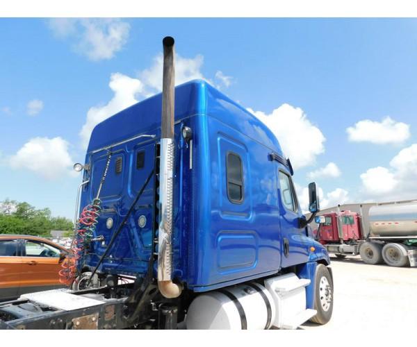 2013 Freightliner Cascadia in TX