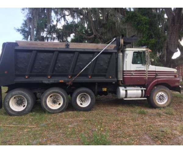 1999 Volvo WG64 Dump Truck 2