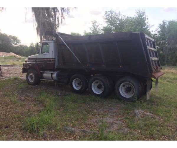 1999 Volvo WG64 Dump Truck 12