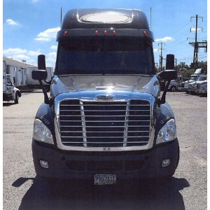 2012/13 Freightliner Cascadia in NJ