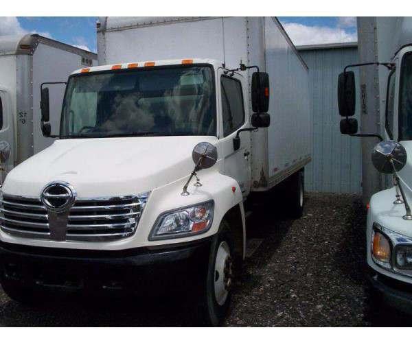 2007 Hino 268 Box Truck in OH