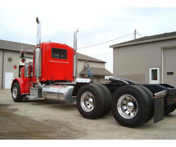 2008 Peterbilt 388 Day Cab 6