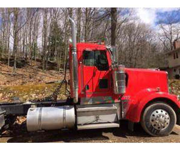 2007 Kenworth W900L Day Cab 1