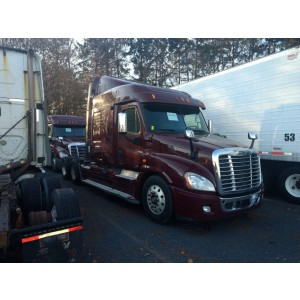 2011/12 Freightliner Cascadia in PA