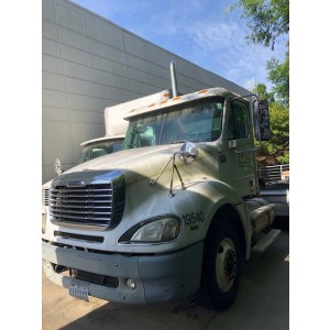 2007 Freightliner Columbia Day Cab in SC