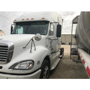 2009 Freightliner Columbia in TX