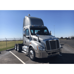 2010 Freightliner Cascadia Day Cab in MO
