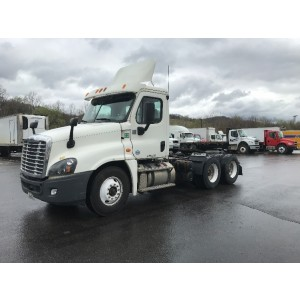 2013/14 Freightliner Cascadia Day Cab