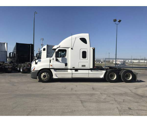 2010 Freightliner Cascadia in ND