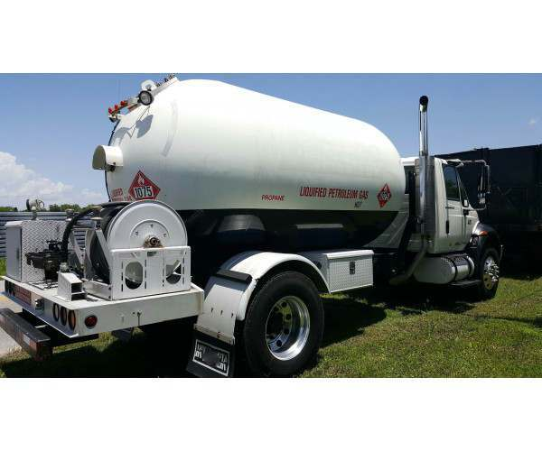 2006 International 4300 Propane Delivery Truck 3